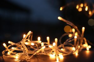 7 Safety Tips for Christmas Lights You Should Know