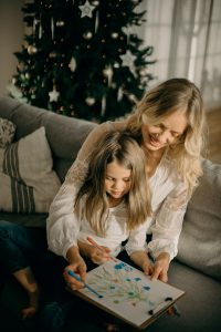 How to entertain kids and save energy during Christmas break