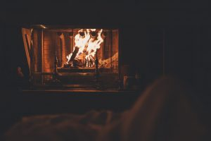 Fires in the fireplace are a great way to practice hygge and save energy